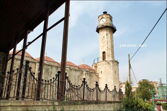 Ein Uhrenturm anstatt eines Minaretts