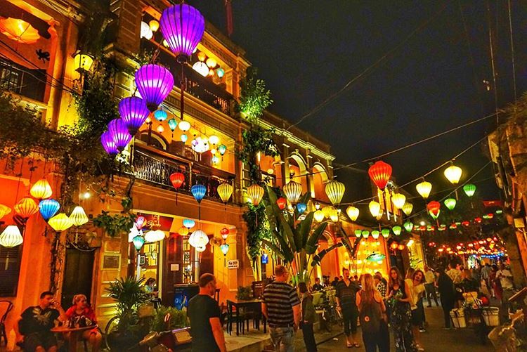 Hoi An at night  호이안