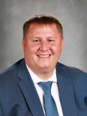 Photo of Mr. Larsen, Middle School Principal