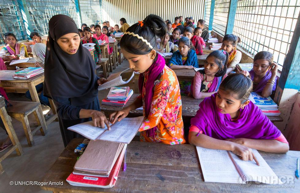 Rohingya girls in a classroom in Bangladesh