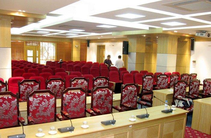Mua hệ thốngâm thanh hội trường chất lượng tại Hà Nội uy tín
