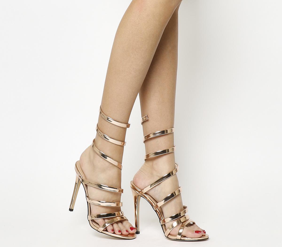 Tại sao bạn nên xi mạ nhựa cho gót giày