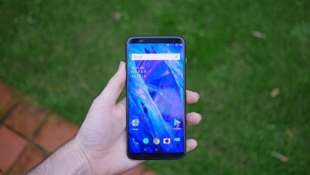 OnePlus 5t for Travelers & Travel Photography - My Review