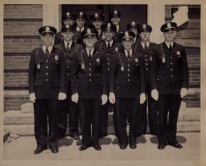 https://web.archive.org/web/20171017094902im_/http:/www.hopkintonpd.org/photogallery/History%20pics/1940s.jpg