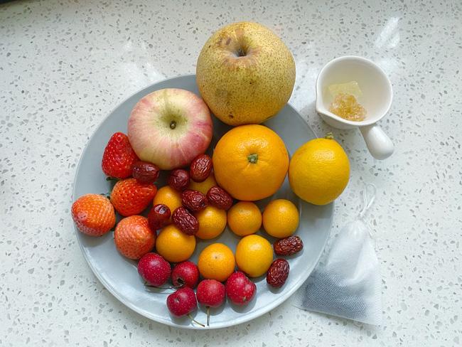 Để có làn da sáng đẹp đón Tết chị em làm ngay trà trái cây để uống mỗi ngày - Ảnh 2.