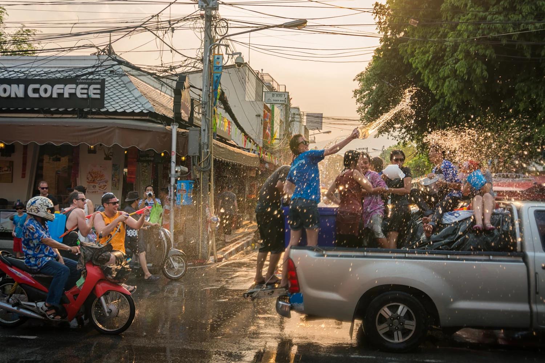 Có một lễ hội Songkran sôi động chờ bạn tham gia trong dịp tháng 4 tại Thái Lan - ảnh 9