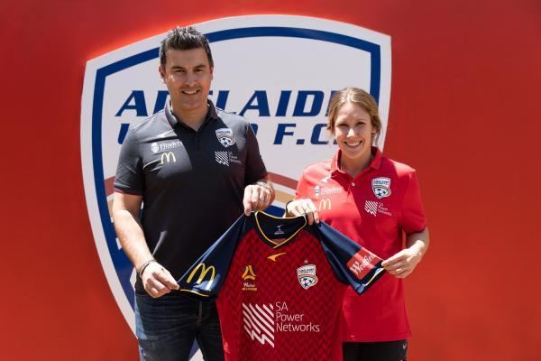 Mallory Weber and <a href='/clubs/adelaide-united'>Adelaide United</a> Director of Women's Football Ivan Karlovic