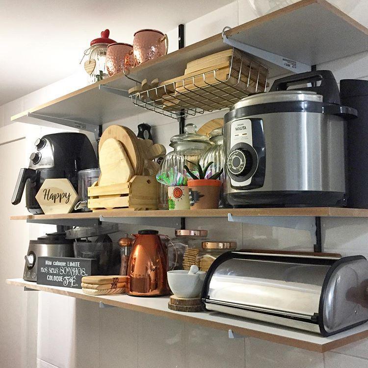 🌟Cantinho novo na cozinha. 🌟 . . Prateleiras para colocar eletrodomésticos.  | Cozinha pequena, Cozinha, Eletrodomésticos