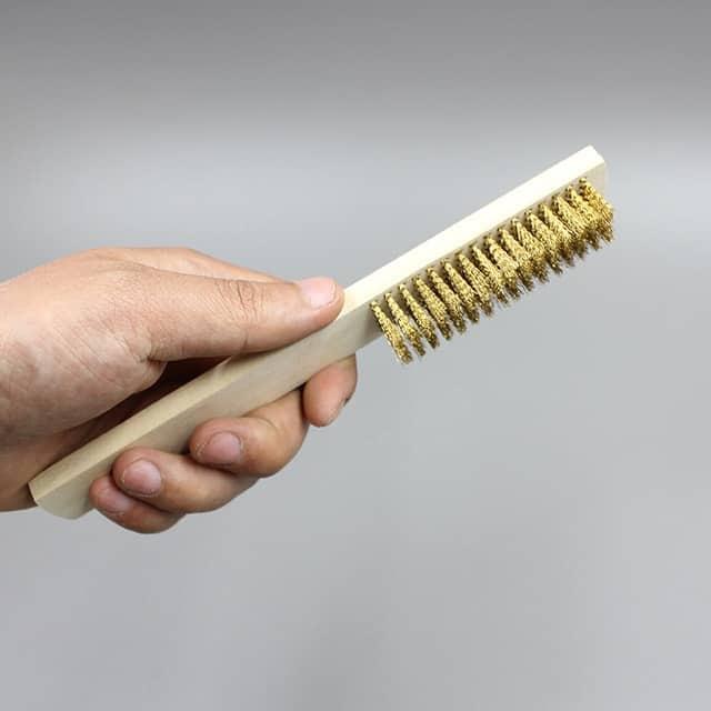 Một loại bàn chải sắt lông mềm