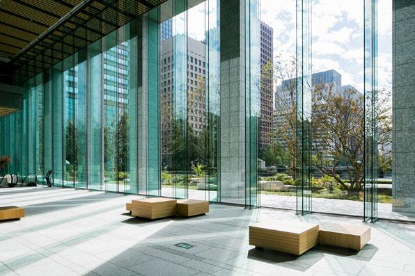 http://nspacedesign.co.jp/content/images/projects/officeandbank/nissei_marunouchi/nissei_marunouchi_4.jpg