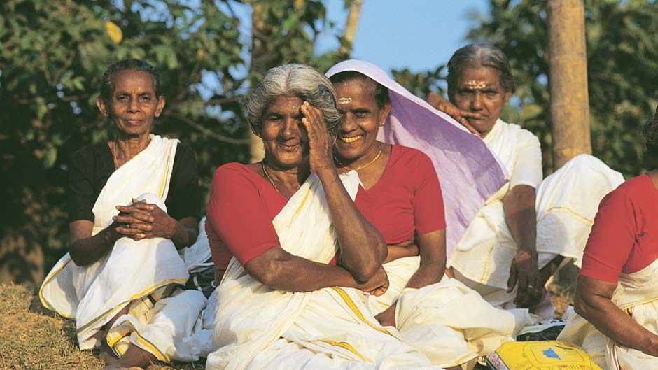 IN-Kerala-People-Women-KTB_940_529_80_s_c1.jpg