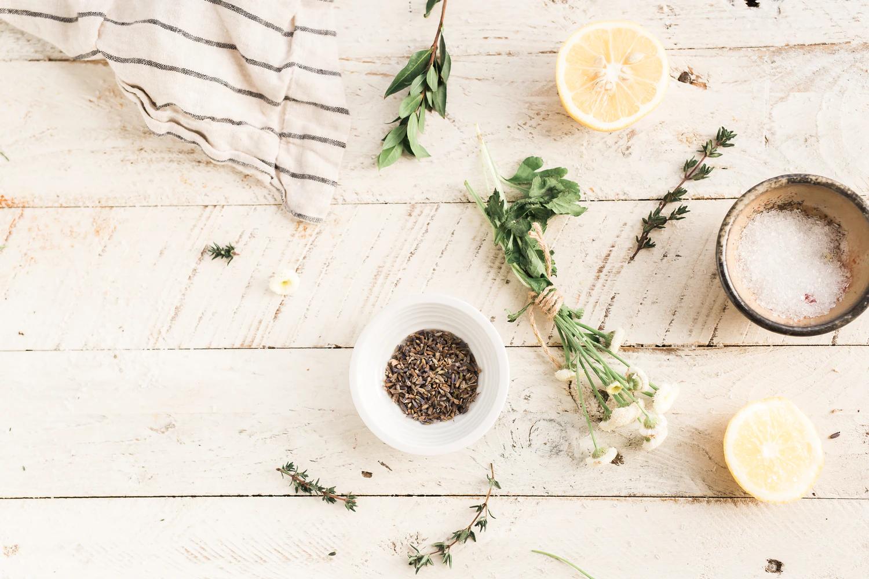10 Clever Indoor Herb Garden Ideas