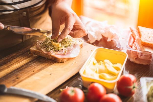 A saját készítésű szendvics tápláló és sokféle módon elkészíthető.