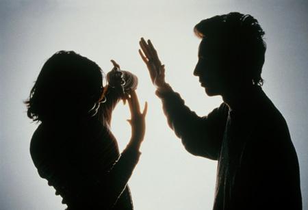 Ông chồng có khuynh hướng bạo lực
