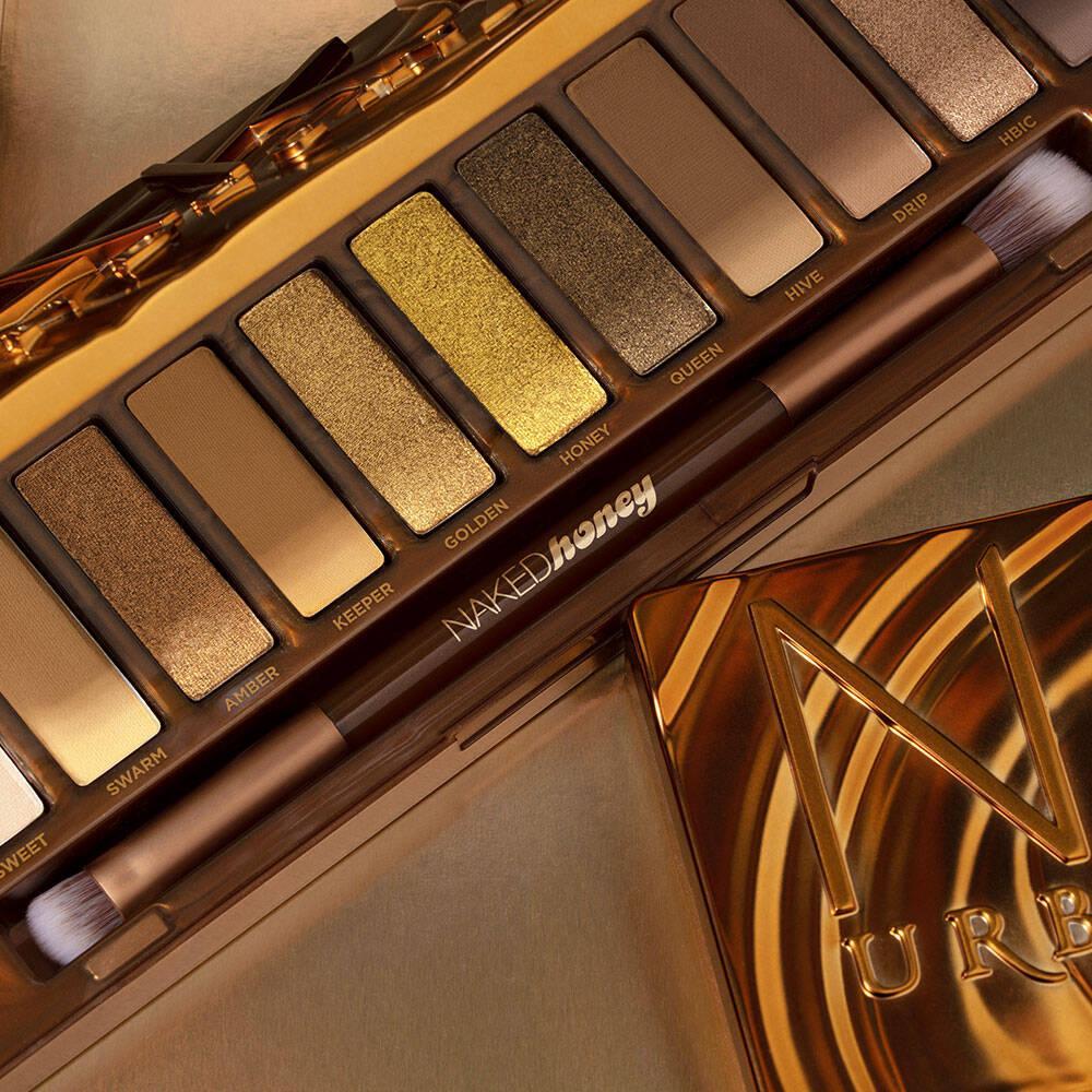 5. URBAN DECAY Naked Honey Eyeshadow Palette 02
