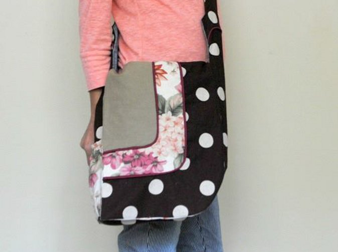 Serger Pepper - Hands-Free Asymmetricall Bag PDF pattern - versatile, colorblock, piping and pockets options. The Bag pattern you need. Buy iy today!
