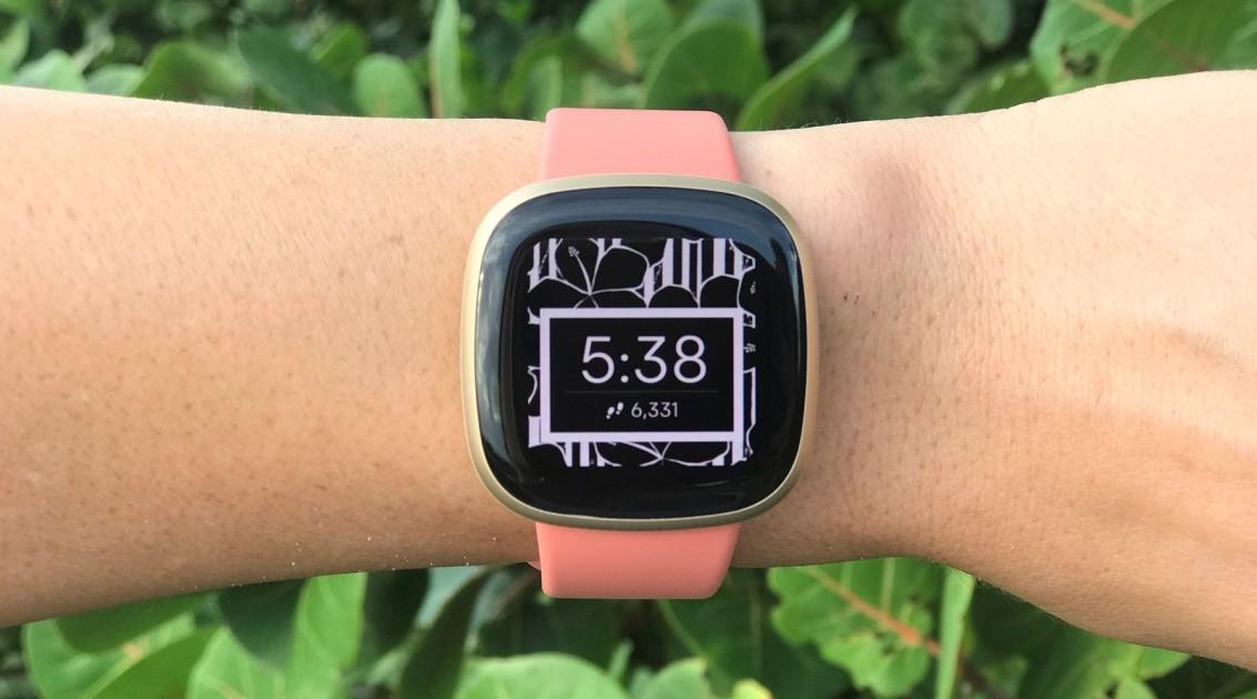 Đánh giá Fitbit Versa 3 » TOP20.vn