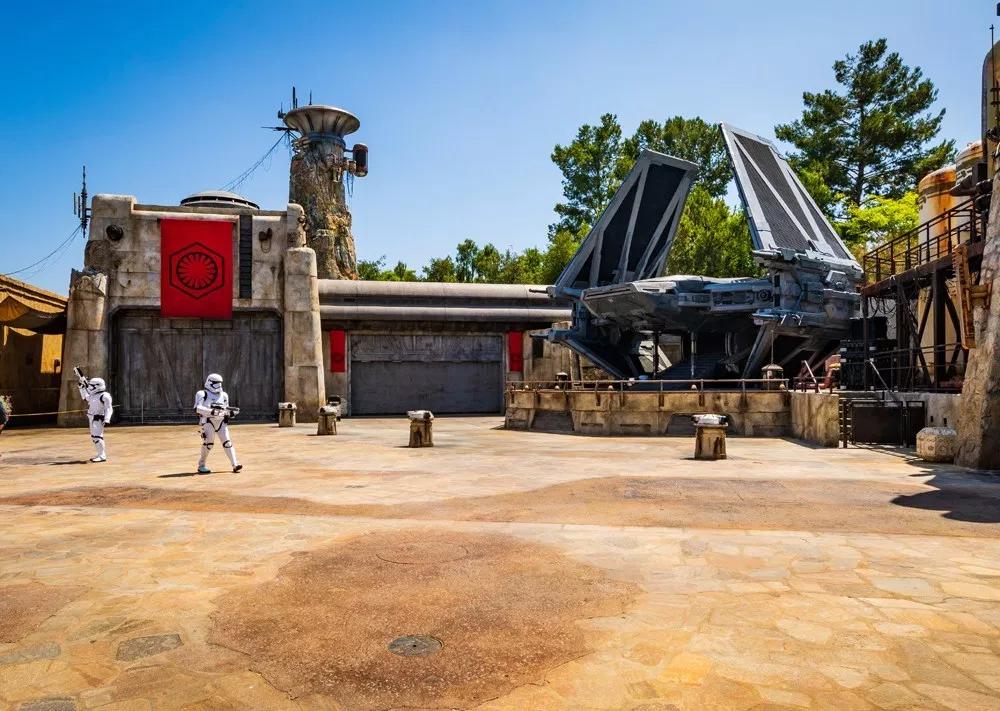 Disney creó 15.500 empleos a través de las atracciones de Star Wars 4