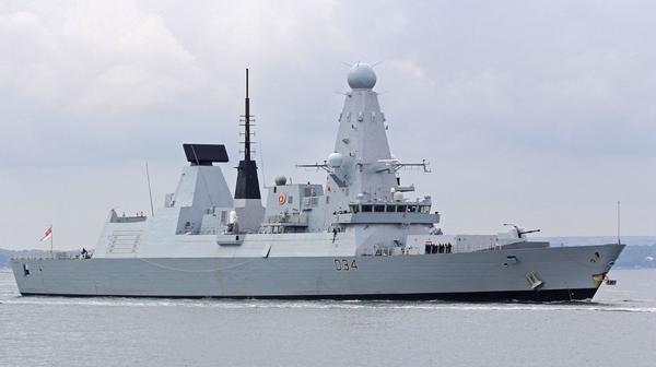 Китайские военные отрепетировали потопление британского авианосца