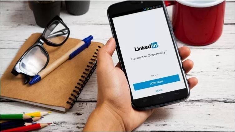 LinkedIn Stories.jpg