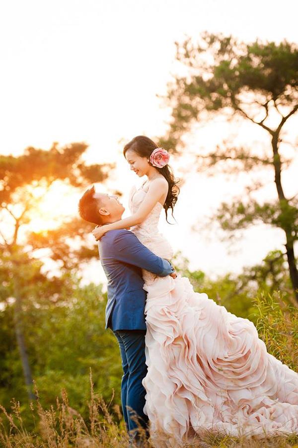 chụp ảnh cưới ở phim trường santorini