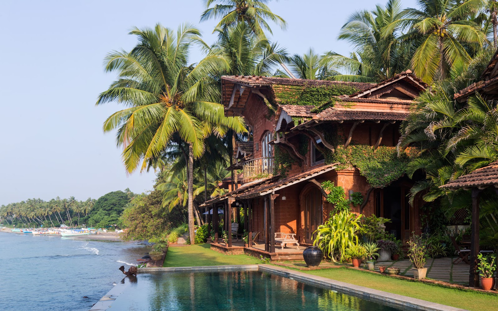 Goa-India-Ahilya-by-the-Sea-Pool-GOAGROWS0416.jpg
