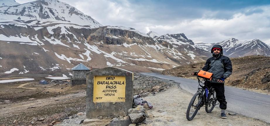 Coldest Places in India: Kumzum Pass