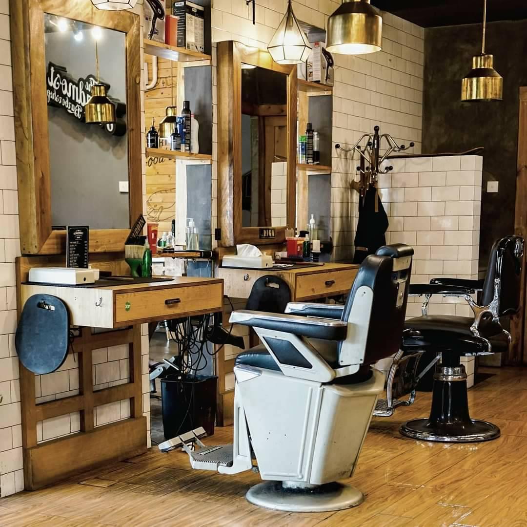 The Headmost Barbershop bali
