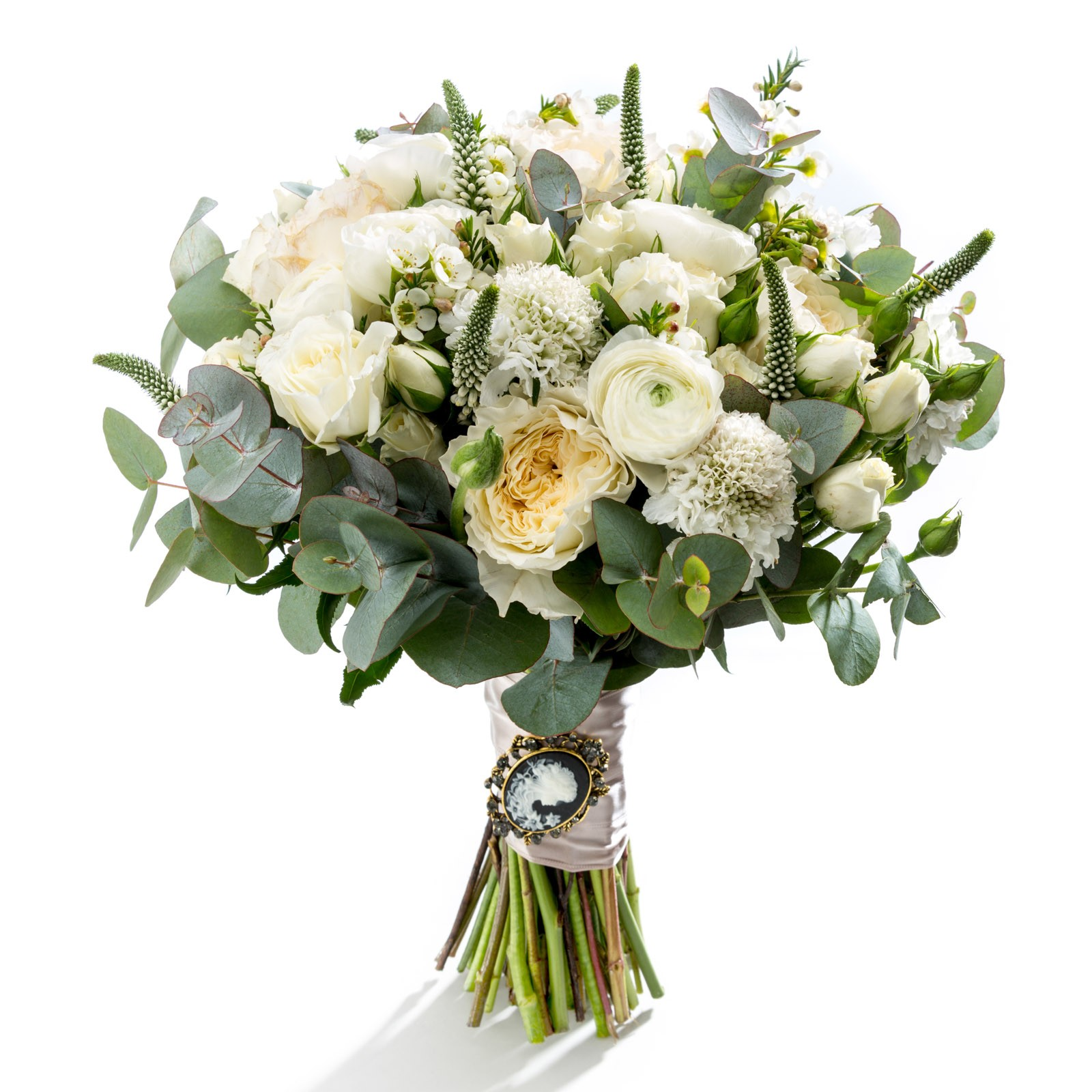 Alege Un Buchet De Mireasa Realizat Din Cele Mai Populare Flori Si