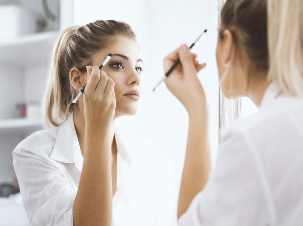 6 кистей для макияжа, которые должны быть у каждой девушки | Marie Claire
