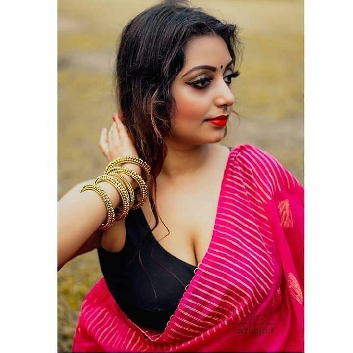 Rupsa Saha Chowdhury hot red saree black sleeveless blouse photoshoot   hot navel Navel Queens