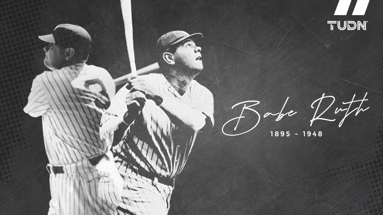 Foto en blanco y negro de un jugador de beisbol  Descripción generada automáticamente