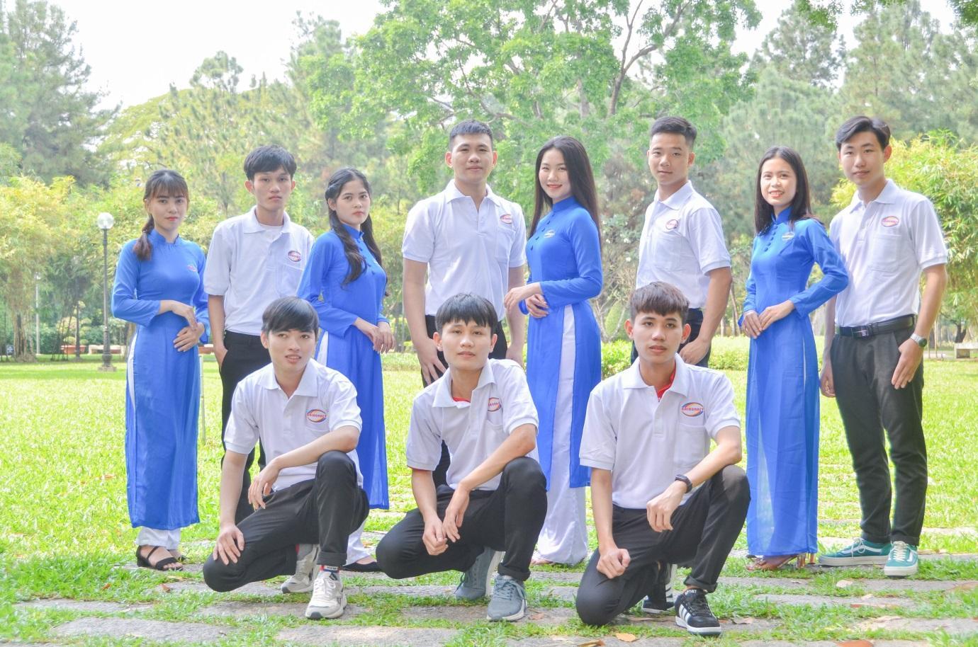 9 yếu tố sinh viên tự hào về trường