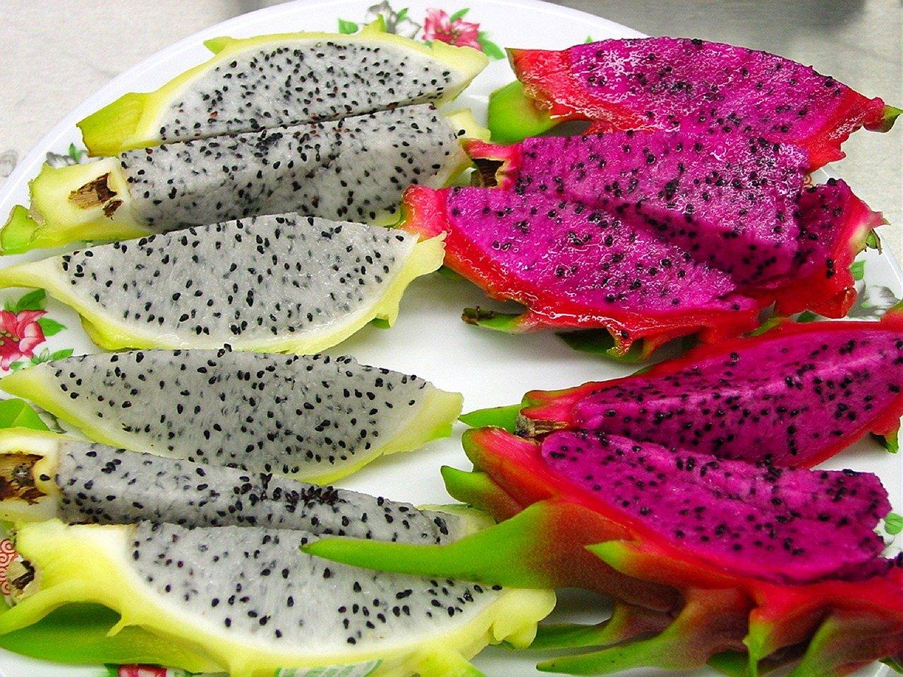 cut-sliced-dragon-fruit