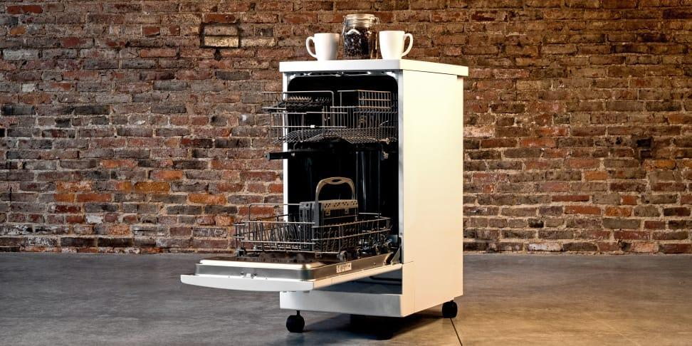 Reasons To Buy A Portable Dishwasher Happy S Appliances