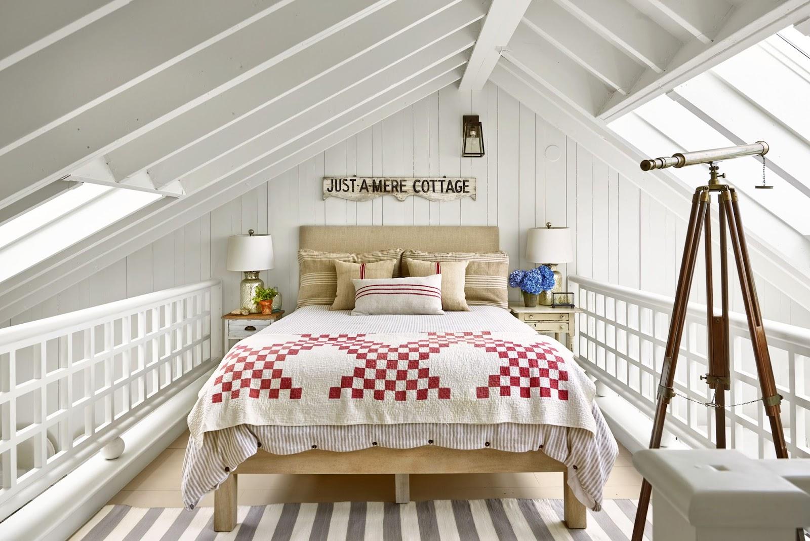 Brilliant Farmhouse Loft Bedroom Ideas