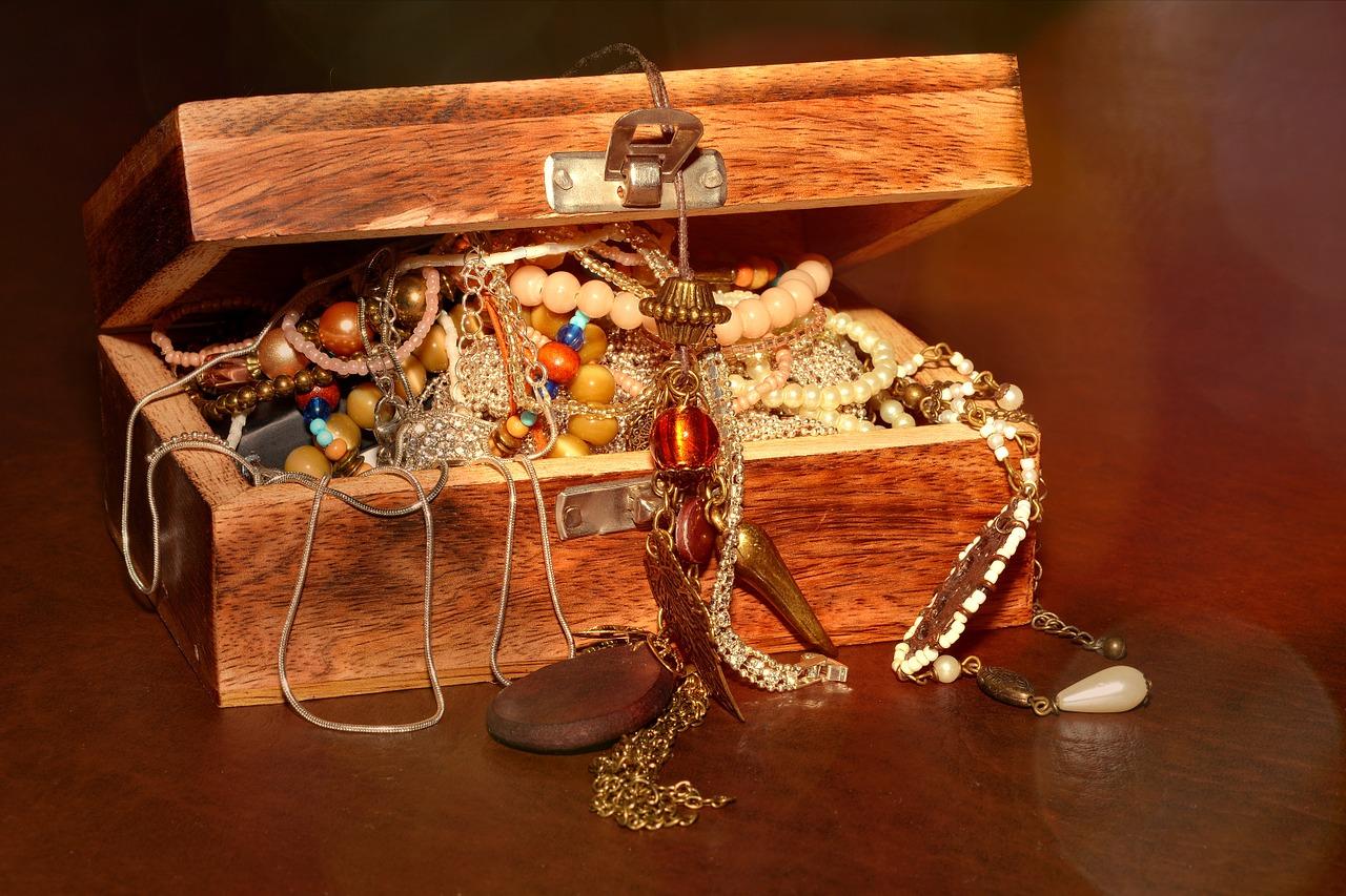 caseta-bijuterii-în-vis
