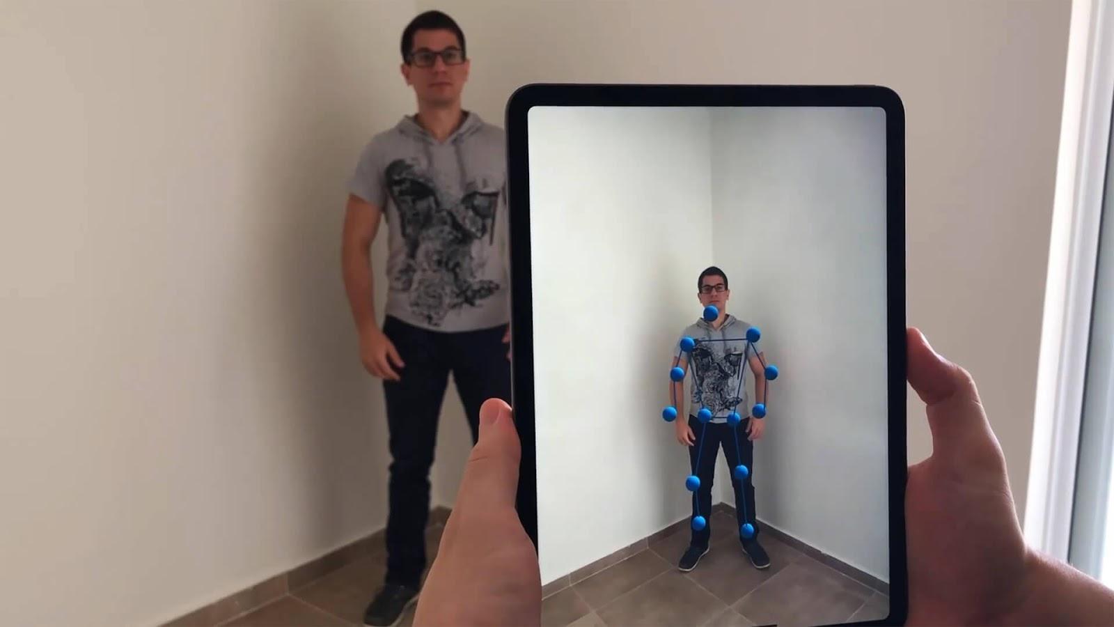 https://lightbuzz.com/wp-content/uploads/2019/06/body-tracking-arkit-cover.jpg