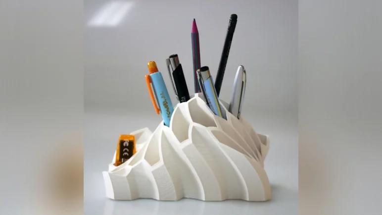 3d printed organic shaped desk tidy