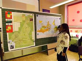 Fr. Aurelie Bile Akono brachte den Klassen 1 bis 3 ihre Heimat Kamerun nahe. (Bild A.M.)