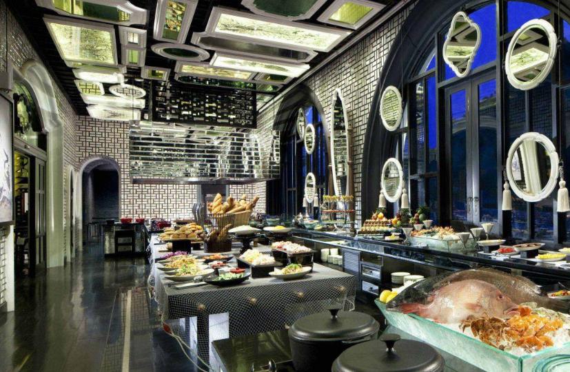 Hệ thống nhà hàng đẳng cấp có tại biệt thự Bãi Kem Phú Quốc