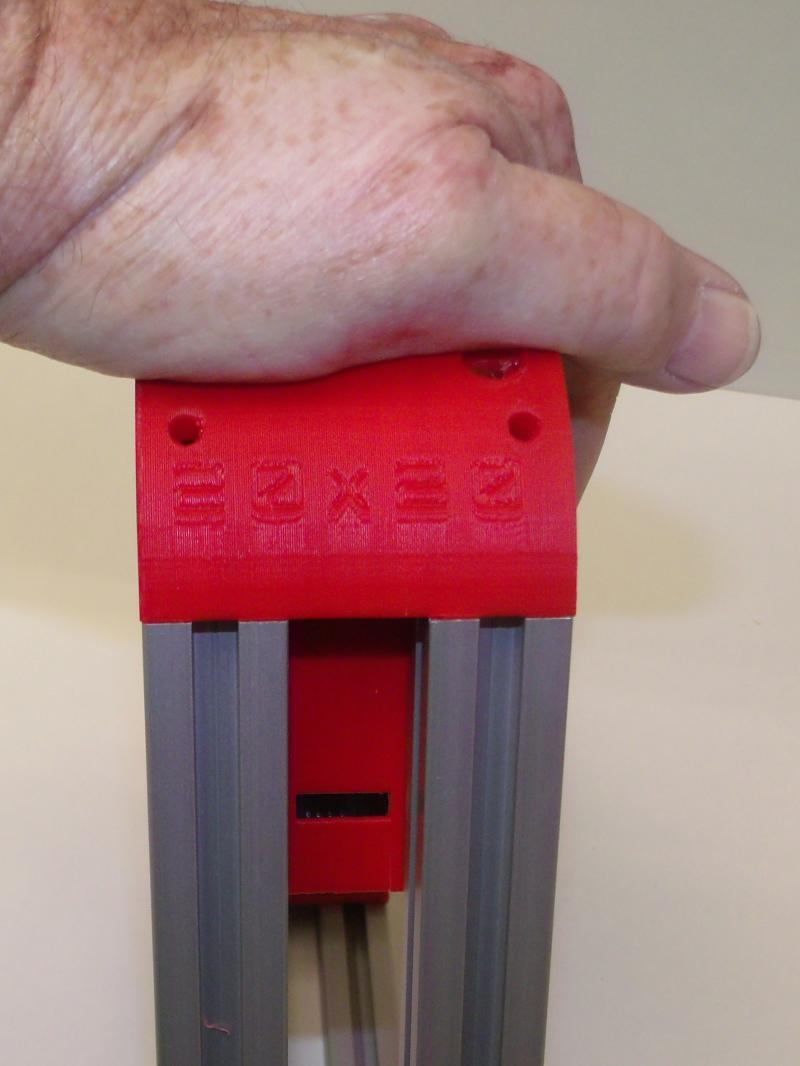 R218-push-to-tighten-corners.JPG