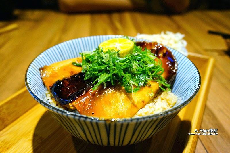 台中日式丼飯,逢甲滿燒肉丼食堂-7