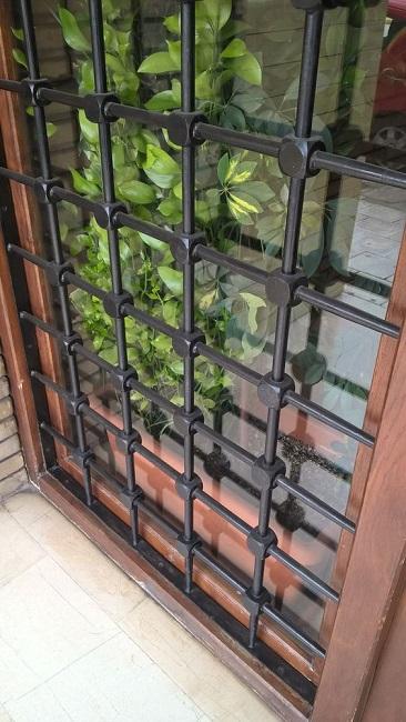 Song cửa sổ sắt an toàn, đẹp cho nhà ở