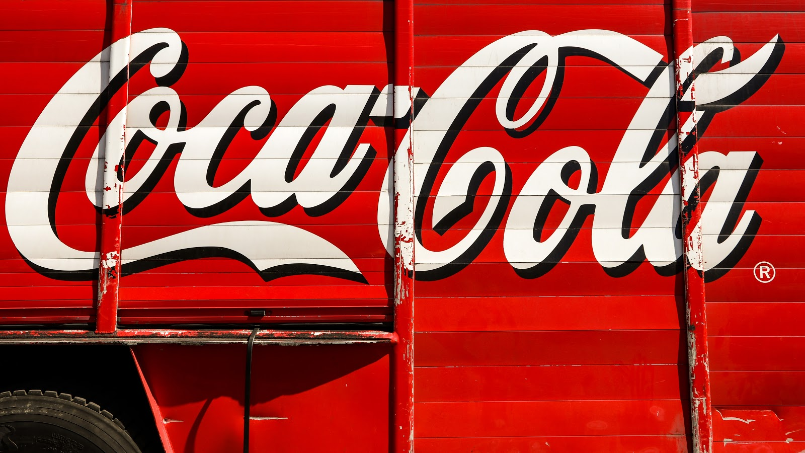 Why is the Coca-Cola logo good?