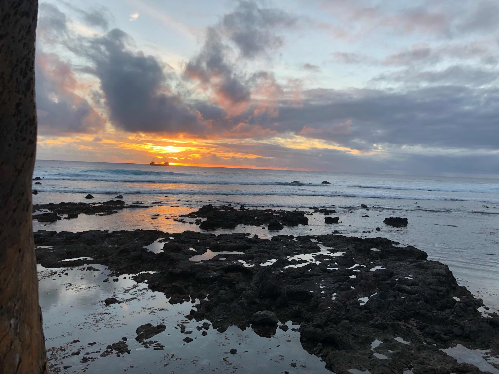 Sunset at La Kaleta restaurant on Rapa Nui (Source: Palmia Observatory)
