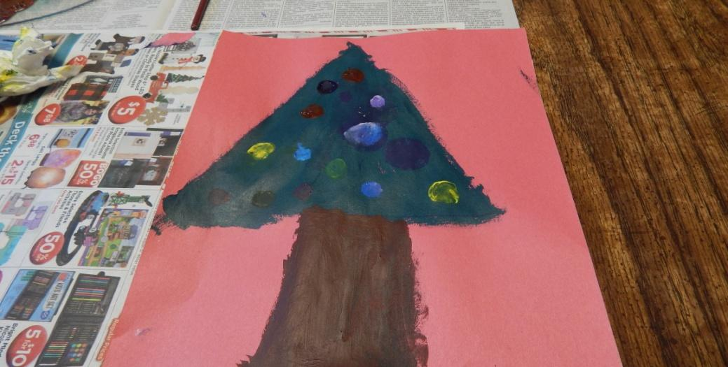 painting Christmas tree craft project for kids