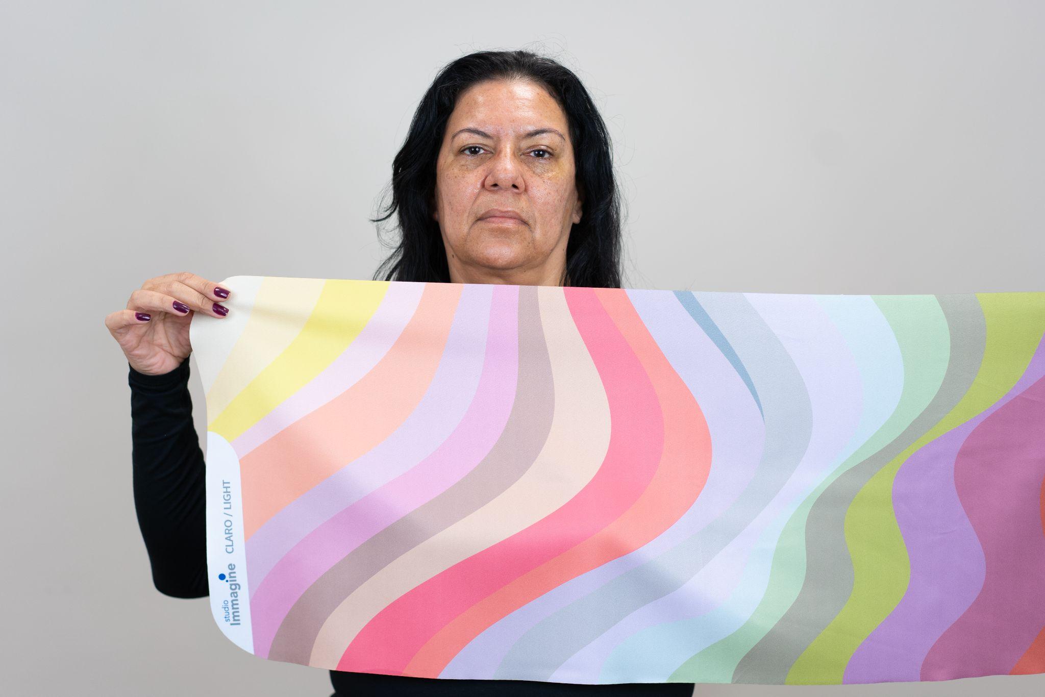 Tecido de Profundidade Clara na Análise de Coloração Pessoal
