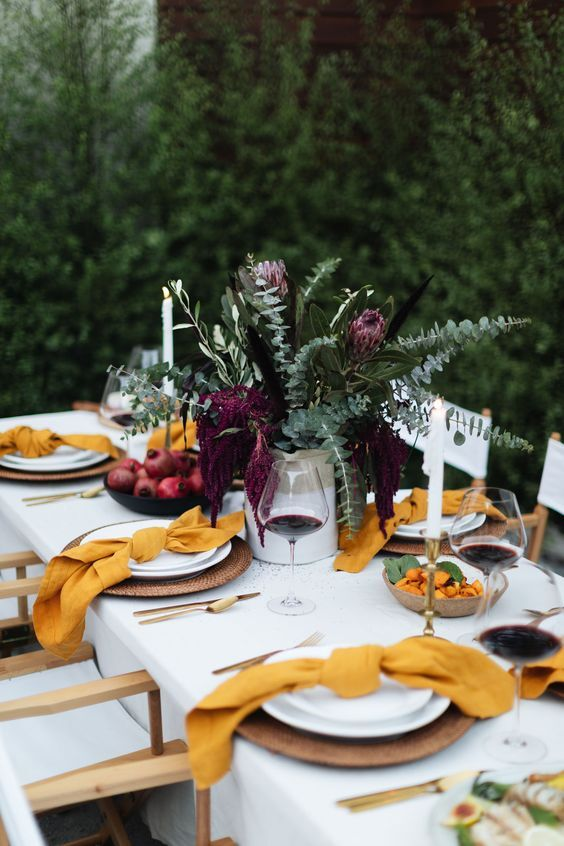 tara fust design atlanta buckhead thanksgiving tablescapes layer textures woven mats cloth napkins throw blanket