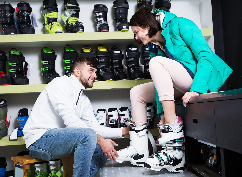 Comprobando botas de esquí